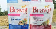 Recently we were contacted by Bravo Pet Food to try out their Complete Freeze Dried Dog Food, having never tried Bravo before we were super excited about it! Look at how pretty and colorful it is in it's dried form.