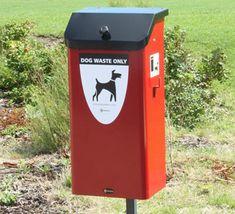 Contenedor para fecas de perro resistente y de fácil mantenimiento. Outdoor Decor, Dogs, Home Decor, Waste Container, Recycling Bins, Outer Space, Steel, Trendy Tree, Decoration Home