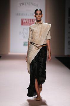 #wifw #fdci #wifwaw14 #wilfw #fashion #indianfashion #abrahamthakore #abrahamandthakore #twinings #khaki #silk #safari #trenchcoat #tussarsilk #saree #jacket #textures #gold #willdsilk #combat #uniform
