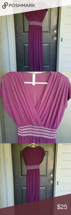 Modcloth Maxi Dress - EUC This is a plum purple Gilli maxi dress I bought from ModCloth and wore once for a holiday gathering. It is in perfect condition and has no major flaws. The waist is elastic, making it a very comfortable and forgiving dress. ModCloth Dresses Maxi