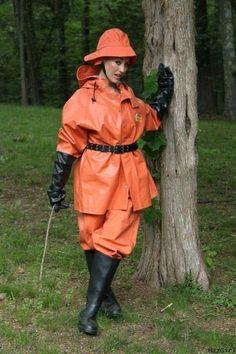 #RaincoatsForWomenRainyDays