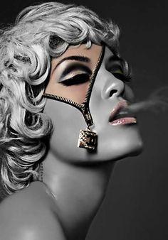 Joli maquillage ! #TheBeautyHours