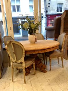 French table & chairs Anton & K Decorative antiques & Interiors,Gloucestershire