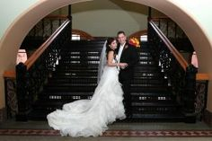 Bride and groom at the Old Red Museum in Dallas | creative wedding photographers in Dallas | wedding pictures in Dallas