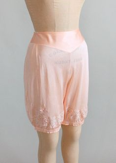 Vintage 1930s Peach Rayon Jersey Bloomers