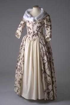 Block Printed Linen Open Robe, ca. 1770-73via Chertsey Museum