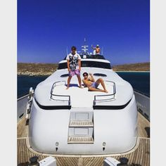 Crusin' round Greece by sashignatiev Family Dining Rooms, Rich Kids Of Instagram, Video Home, Luxury Yachts, Mykonos, Luxury Lifestyle, Skiing, Adventure, Greece