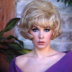 Stella Stevens one of the gorgeous hollywood blondes from the 1960s. Star of higher level B-movies and some quality A-movies. #blondes #acress #blue-eyes More sexy stuff at http://filmnoirstyle.com