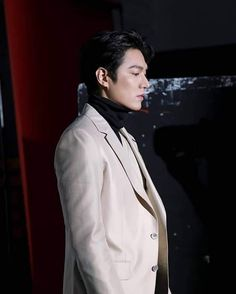 Korean Men, Korean Actors, Lee Min Ho Photos, Ji Chang Wook, Minho, Handsome, Photoshoot, Magazine, Smiley