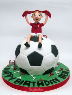 #Football #Cake - We totally love and had to share! Great #CakeDecorating! Cake by thesearejessicakes