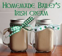 Hello March! I'm so excited to be linking up today with some of my favorite bloggers for a good old fashioned St. Patrick's Day recipe s...
