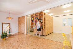 OSB IN JE INTERIEUR Niet alleen de vloer, maar ook wanden, meubels en trappen kan je bekleden met OSB. Meer inspiratie en projecten met OSB platen vind je hier.