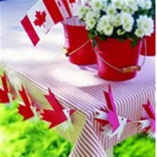 Canada Day decorations - love the red and white gingham table cloth, the red buckets with white flowers, birds are a craft made from red and white maple leaf shaped paper - pattern and instructions for making bird banner Bird Crafts, Paper Crafts, Canada Celebrations, Canada Day Crafts, Crafts To Make, Crafts For Kids, Canada Day Party, Canada Holiday, Happy Canada Day