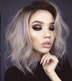 """""""Lookin' at hate comments like. Don't mess with these wings Lips: Summer & Sext Eyes: World Traveler Palette &…"""" Makeup Inspo, Beauty Makeup, Eye Makeup, Hair Makeup, Hair Beauty, Beauty Style, Best Makeup Tutorials, Best Makeup Products, Long Bob Cuts"""