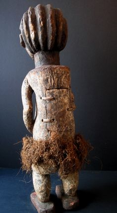 Africa | Requilary figure from the Ambete people of Gabon or DR Congo | Wood, kaolin, natural fiber