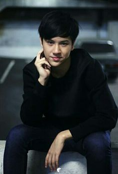 Ugly Duckling Series, Bad Boys, Cute Boys, Cool Boy Image, Bank Thiti, Male Models Poses, Role Player, Boy Images, Thai Drama
