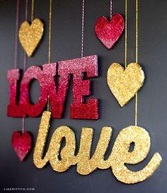 Make these gold and ombre signs with Martha Stewart Crafts Glitter to spice up your Valentine's Day decor! #marthastewartcrafts #12monthsofmartha