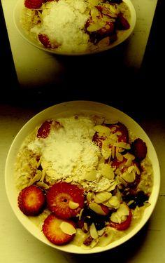 strawberries porridge and mirror