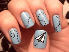 Great nail art for artistic people!!
