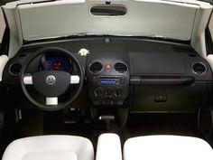 2007 Volkswagen Triple White  Beetle Convertible Interior