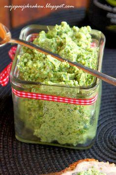 Pesto z jarmużu i migdałów Pesto, Coconut Curry Soup, Cooking Recipes, Healthy Recipes, Healthy Food, Guacamole, Healthy Life, Food And Drink, Vegan