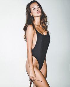 Jennifer Berg Pinyojit Nude Photos 22