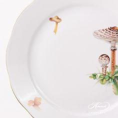 Dinner Plate - Mushroom | Herend Experts Dinnerware Ideas, Dinning Table, Dinner Sets, Vintage China, Fine China, Dinner Plates, Stuffed Mushrooms, Dishes, American
