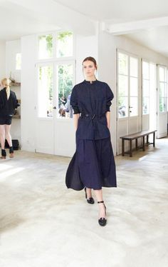 Christophe Lemaire Spring-Summer 2014 Women's presentation