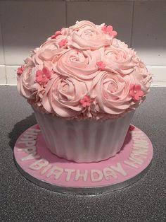 Smash cake - Rosette Cupcake Cake