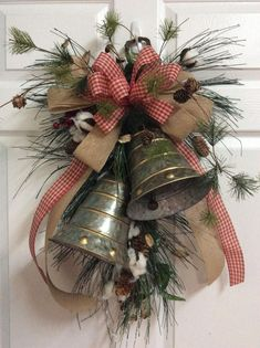 Related posts: Elegant Rustic Christmas Wreaths Decoration Ideas To Celebrate Your Holiday 01 Cool DIY Rustic Christmas Decoration Ideas & Tutorials Pretty Rustic Christmas Tree Decoration Ideas Christmas Wreath Decoration Ideas Christmas Door Decorations, Christmas Swags, Christmas Bells, Country Christmas, Holiday Wreaths, Christmas Crafts, Christmas Ornaments, Crochet Christmas, Christmas Angels