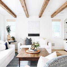 6 Gorgeous Tips: Minimalist Home Interior Organizations modern minimalist interior rustic.Minimalist Home Inspiration Sofas minimalist home interior organizations. Coastal Living Rooms, Boho Living Room, Living Room Decor, Bohemian Living, Bohemian Style, Modern White Living Room, Barn Living, Bohemian Decor, Living Spaces