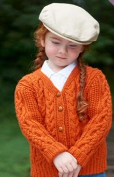 Get ready for the new school year by knitting your little one a wonderful autumn sweater, perfect for outdoor play or waiting for the bus.