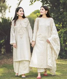 this or that which one is your favourite look for eid sharing our very first look for eid 3474809274 fashion dresses party Pakistani Fashion Party Wear, Pakistani Outfits, Indian Outfits, Indian Fashion, Eid Outfits, Party Fashion, Simple Pakistani Dresses, Pakistani Dress Design, Pakistani Designers
