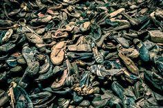Atrapados por la imagen: Auschwitz (C) - Carlos Costamagna