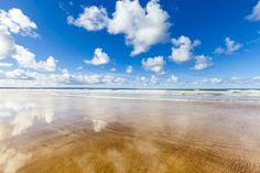 "Forget the Caribbean, if it's crystal clear waters and golden sand you're after, head for <a href=""http://www.holidaycottages.co.uk/devon??tp=&utm_source=referral&utm_medium=link&utm_campaign=buzzfeed&utm_content=devon-beaches "" target=""_blank"">Devon, England</a>."