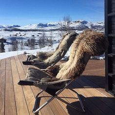 Butterfly Chair, Ski, Instagram Posts, Furniture, Cabins, Design, Home Decor, Patio, Decoration Home