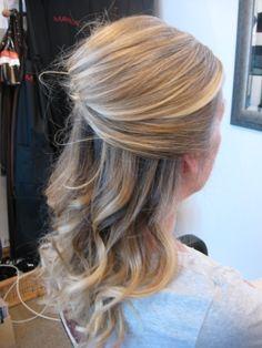 Google Image Result for http://www.morairaonline24.com/images/wedding_hair_for_designer_hat.jpg