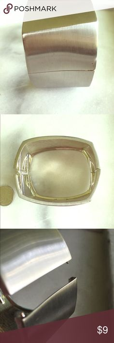 Geometric Silver Hinged Cuff Cleaned ultrasonically just for you.✨  🚨BOGO SALE ALERT🚨 1. Add one piece of jewelry worth $10 or more to a bundle. 2. Shop my closet for a second piece of jewelry, worth $10 or less. Add the second piece to your bundle. 3. The second piece is FREE! Offer for price of 1st piece only and I will accept. Vintage Jewelry Bracelets