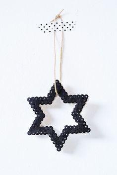 Étoiles+et+perles+pour+la+décoration+de+Noël
