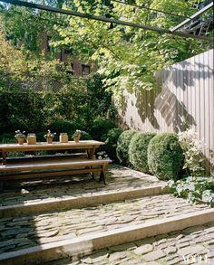 Design courtyard shields library
