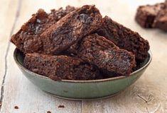 Συνταγές με Σοκολάτα   Argiro.gr Food Categories, Dessert Recipes, Desserts, Brownies, Muffin, Cupcakes, Breakfast, Sweet, Birthday Ideas