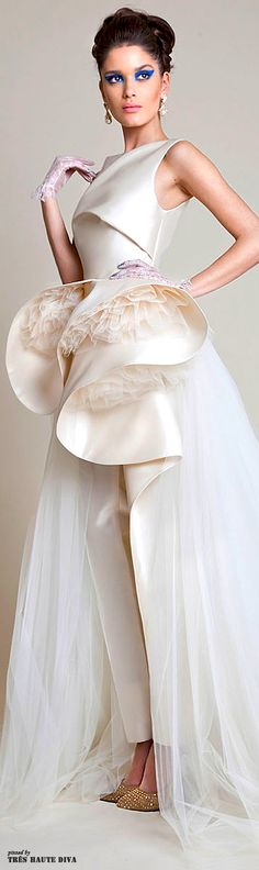 Azzi & Osta Spring 2014 Couture 3/4 side view