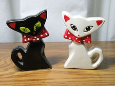 Vintage Cat Salt and Pepper Shakers Japan with Attitude