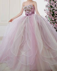 Tumblr Haute Couture Gowns, Couture Collection, Beautiful Gowns, Alexander Mcqueen, Ball Gowns, Bridal, Formal Dresses, Pink, Fashion