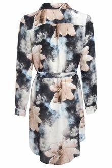 Floral Shirt Dress Floral Shirt Dress, Skater Dress, Fashion Show, Shirts, Dresses, Dress, Vestidos, Dress Shirts, Gown