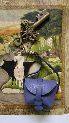 Petunia Mini Stella, Chiaroscuro, India, Pure Leather, Handbag, Bag, Workshop Made, Leather, Bags, Handmade, Artisanal, Leather Work, Leather Workshop, Fashion, Women's Fashion, Women's Accessories, Accessories, Handcrafted, Made In India, Chiaroscuro Bags - 1