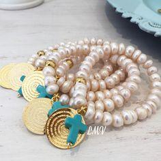 Pulseras de perlas con el Padre Nuestro by Luz Marina Valero
