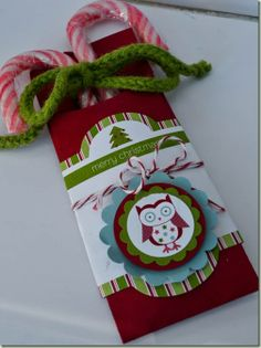 pocket holder for treats...could be used for any holiday..great idea..