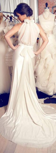 beautiful and elegant back dress #bride #wedding #dress <3