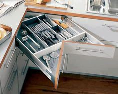 cajones modulares en esquina en las cocinas